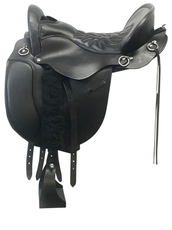 16.5inch Used Tucker Equitation Endurance Medium Saddle 149