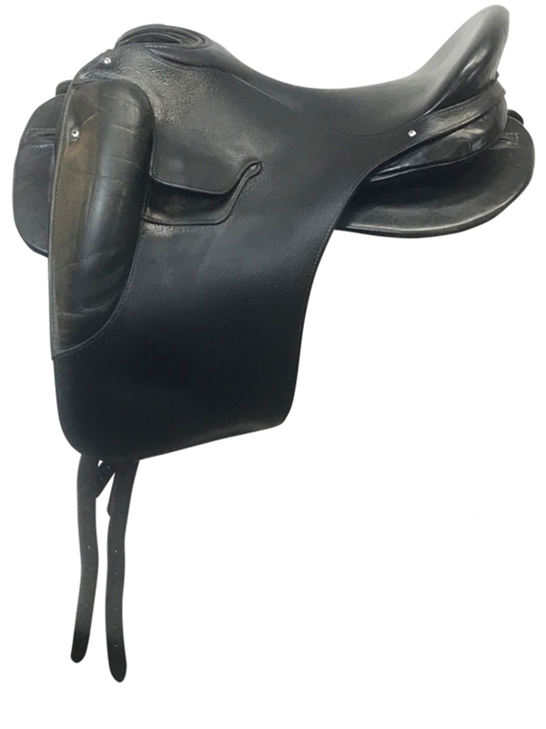 17inch Used Ortho Flex Dressage Saddle